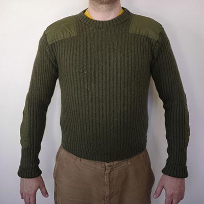modle-in-military-sweater