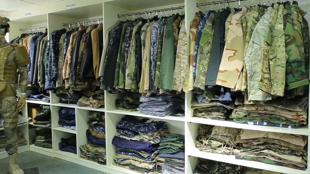 military uniform showroom-China xinxing guangzhou import and export co., ltd.